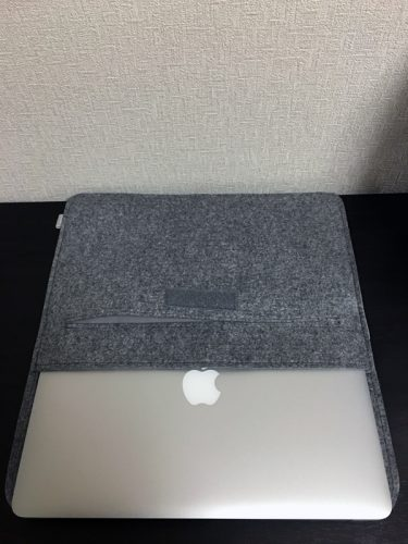 MacBookAirを入れてみる