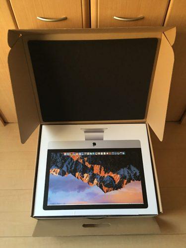 iMac梱包箱開封