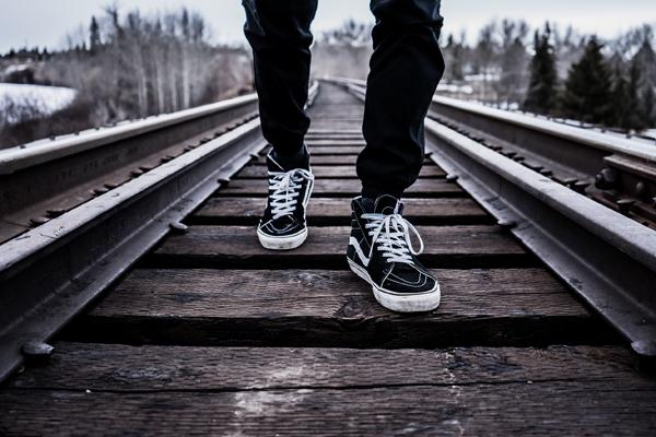 自分の足元ばかりを見て物事を判断しているうちは信頼を得ることはできない